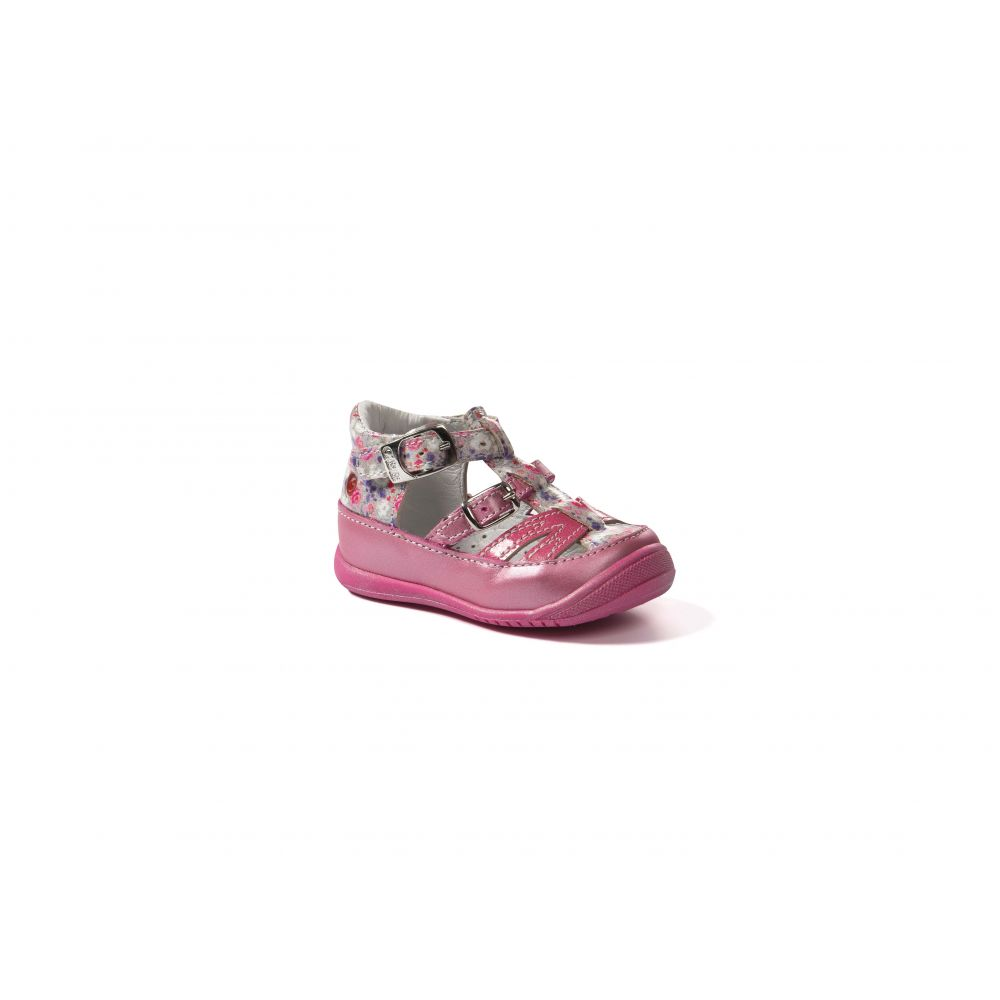 Chaussures GBB taille 17-27  Produits